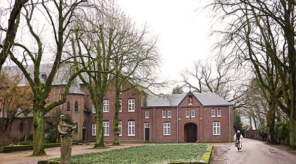 arrangement-abdijlilbosch-museum-van-de-vrouw